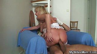 Bigcocked guy fucks blonde granny inlaw