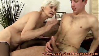 Amateur mature granny gets ravaged
