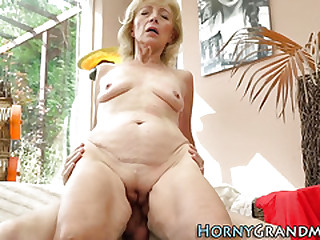 Mature cougar with small tits plowed