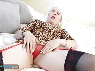 EuropeMaturE Lady Sextasy Solo Masturbation