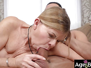 Granny Samantha ride and bounce up and down on his shaft with soft moans