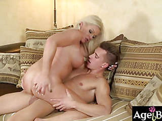 Franny serviced Jason some hot oral pleasure