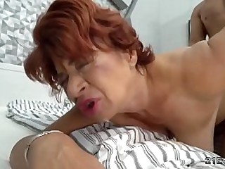Hot latina granny gets her pussy licked by a sexy hunk and then savagely banged