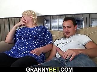 Big tits granny pleases stranger