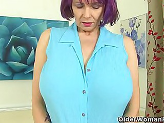 Heavy titted gilf Tigger visited us without knickers and bra but she didn't forget to bring her dildo. Bonus video: UK granny Elle.
