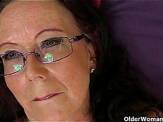 British granny Zadi soaks her tights