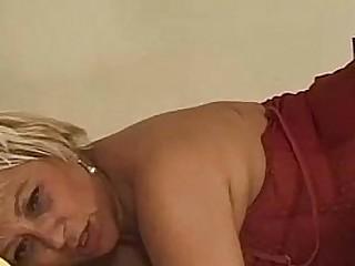 Granny Anal - vecchia matura scopata in culo da cazzo giovane