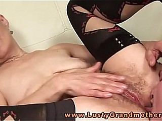 Mature granny nailed rough on couch