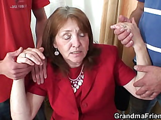 Big tits granny in stockings double penetration