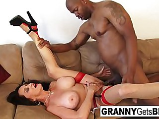 Hot old babe gets a BBC